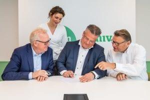 Univé en Ontmoetingsclusters Enschede slaan de handen in één!